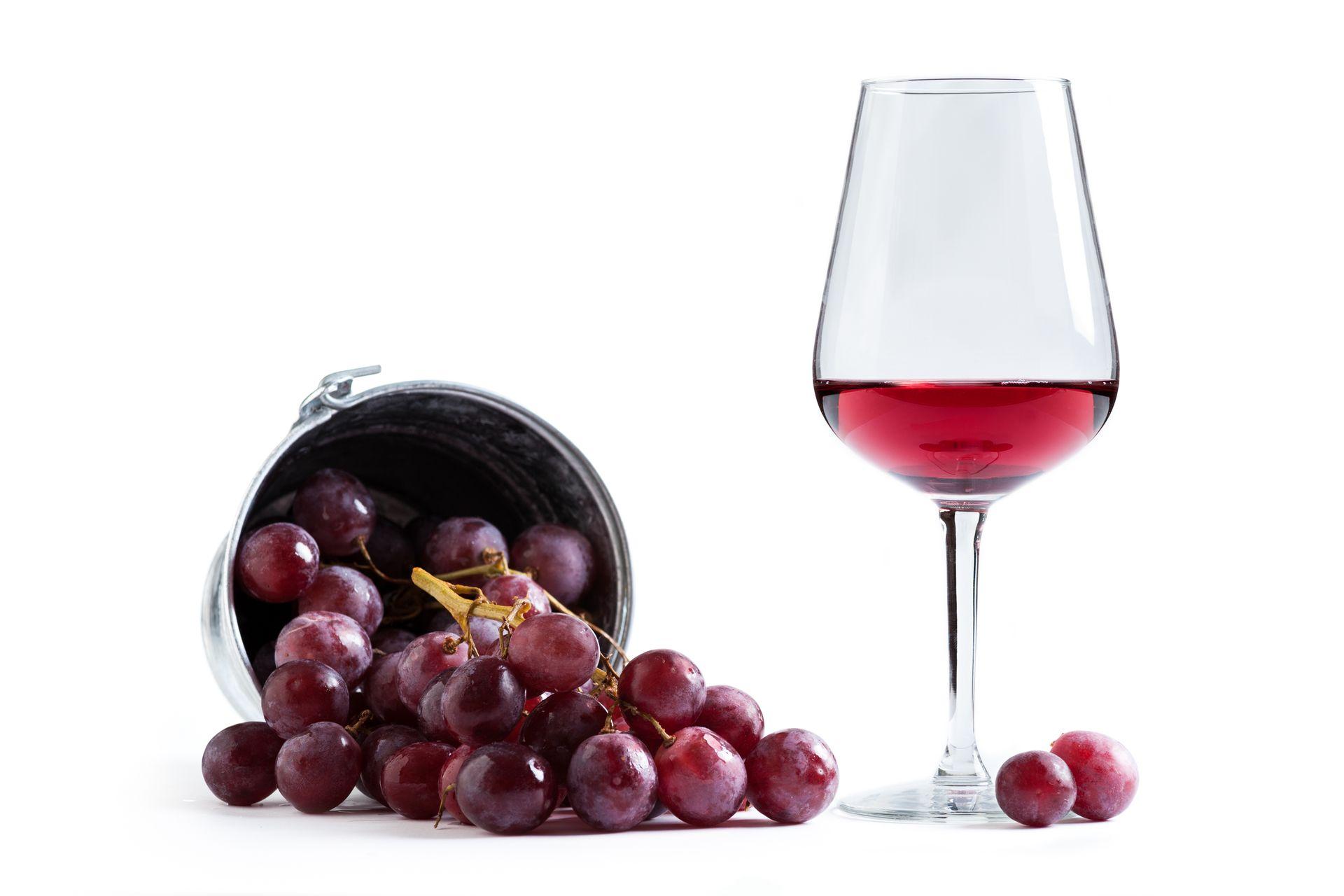 trauben und rotwein